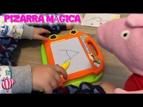 Peppa Pig y la pizarra mágica con Bebé Humano   Vídeos de Peppa Pig en español