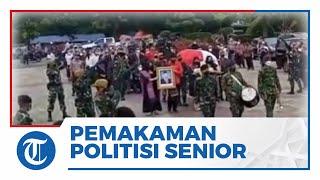 12 Tembakan Salvo Iringi Prosesi Pemakaman Politisi Senior PDIP Sabam Sirait di TMP Kalibata