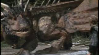 Trailer of DragonHeart (1996)