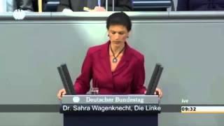 Сара глушит Меркель!  Вы видели этот военный парад! Я бы не советовала Вам воевать с Россией!