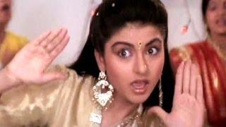 Ni Main Sas Kutni Bhagyashree Anuradha Paudwal Ghar Aaya Mera Pardesi Dance Song