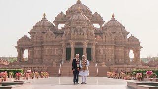 Indian PM Narendra Modi and Australian PM Malcolm Turnbull visit Swaminarayan Akshardham