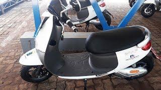 Pemprov DKI Beri Motor Listrik pada Petugas Taman Margasatwa Ragunan untuk Kendaraan Operasional