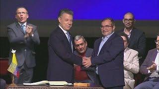 ООН: члены ФАРК сдали большую часть своего оружия