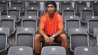 Ronaldinho vs freekickerz - Ultimate Crossbar Challenge
