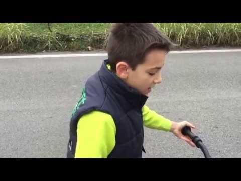 Striscia la ragione di melma in Calais