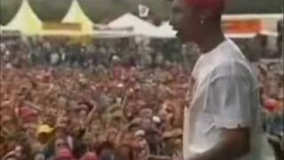 N.E.R.D run to the sun & stay together live pinkpop
