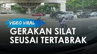 Video Viral Pengendara Motor Tertabrak Mobil, Langsung Tunjukkan Seni Beladiri seusai Tertabrak