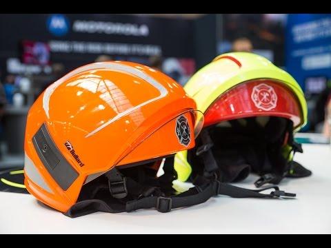 Vorstellung des Feuerwehrhelms Magma auf der Interschutz 2015