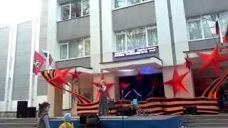 Песня о войне, записана во время концерта, посвященного Дню Победы.