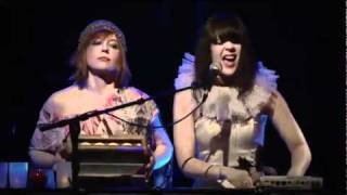Bat For Lashes - Horse And I (Live Shepherds Bush Empire 2009)