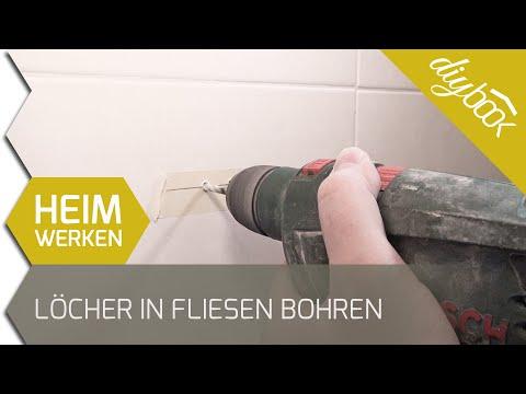 Löcher in Fliesen bohren - Toilettenpapierhalter montieren