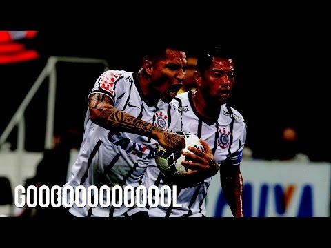 GOL DO CORINTHIANS! Guerrero de cabeceia no ângulo contra o Atlético-MG