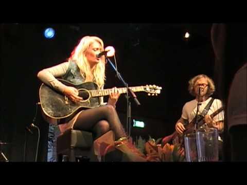 Miss Montreal - In The Middle (live @ Tros Muziekcafé De Vorstin, Hilversum 22-09-'12)