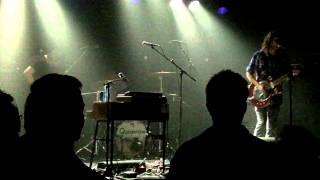 Shaking Godspeed 2 @013 11 02 2011