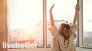 Froh, Mit Energie Und Freude Am Morgen Aufwachen, Um Den Tag Mit Guter Laune Musik Zu Starten