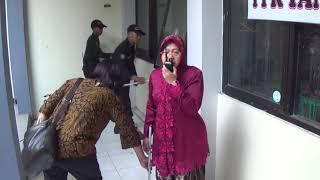 Download Video walikota surabaya Tririsma Harini Ngamuk MP3 3GP MP4