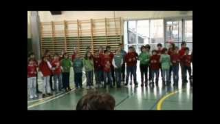preview picture of video 'ESCOLA ANDORRANA DE LA MASSANA, Cantada de Nadal 2012'