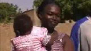 preview picture of video 'Fête au village à Koudougou'