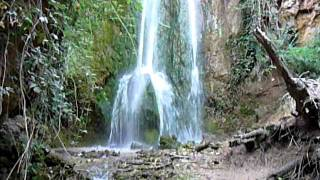 preview picture of video 'Valdepenas De Jaen  Spain. Waterfall.'