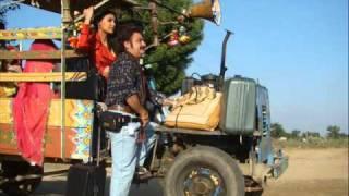 chalo dilli - chalo dilli - lyrics - YouTube