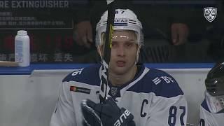 Шипачёв забрасывает 200-ю шайбу в КХЛ