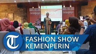 Kemenperin Gelar Fashion Show Busana Khas Sumsel