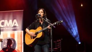 Girl Crush   Lori McKenna Ft Ashley Monroe At The O2 London 2016