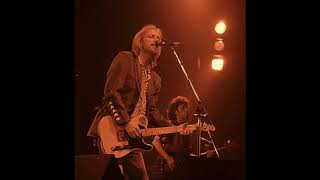 "Soundboard audio of Tom Petty & the Heartbreakers' ""A Higher Place"" - live 1995-08-15"