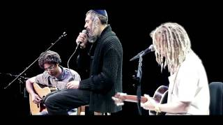 Matisyahu Live Performing - Running Away (Bob Marley), Beat Box, Aish Tamid