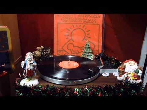(Christmas) The Pointer Sisters- Santa Claus Is Coming To Town