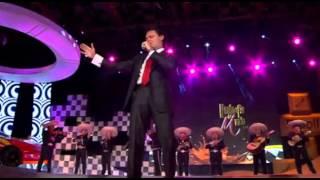 """Pedro Fernandez Cantando """"Hasta el Fin del Mundo"""" en la Presentacion"""