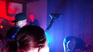 Apulanta - Silti onnellinen + 009 (Mex-Tex Cowboy) (live @ Rodeo Club, Košice SK, 2.9.2013)