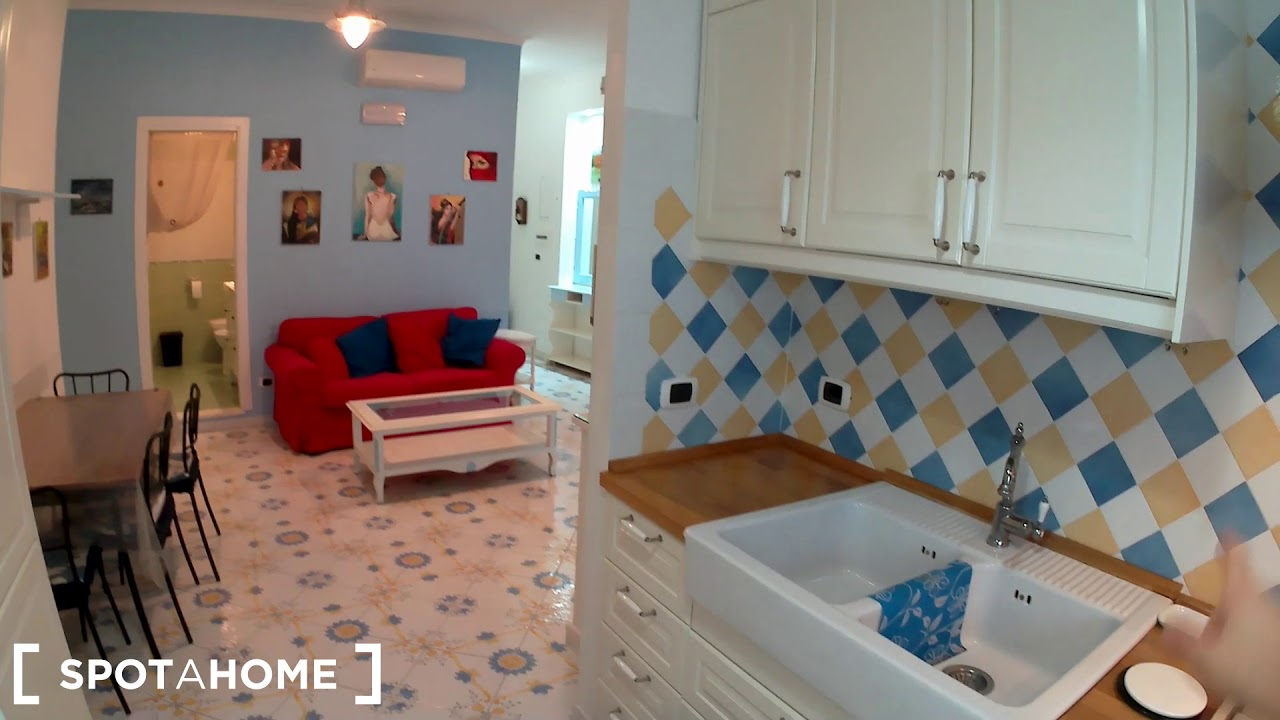 Colourful and stylish 2-bedroom apartment for rent in Monteverde