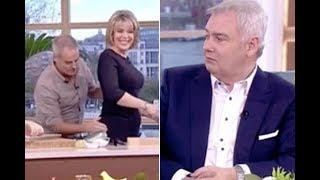 ITV This Morning Eamonn Holmes as Ruth Langsford has bottom touched