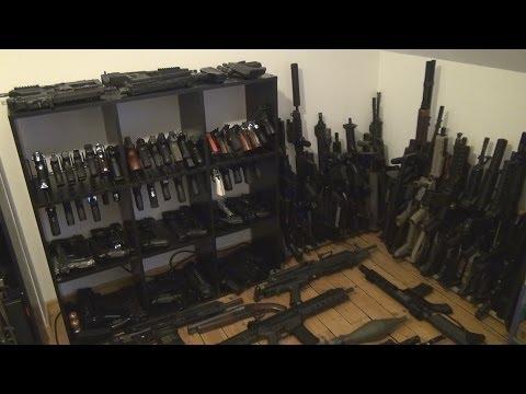 Sbírka airsoftových zbraní