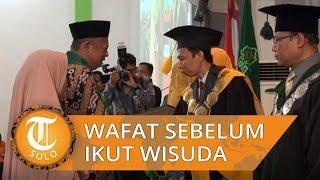 Tangis Orangtua Syahrul di Wisuda IAIN Surakarta saat Mengambil Ijazah Sang Anak yang Meninggal