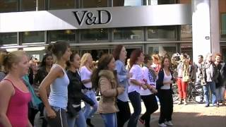 Flashmob leerlingen recreatie Da Vinci College.