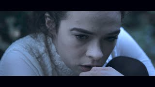 In Memoriam: a 2 minute horror film (watch with sound up!)