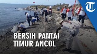 Rayakan Kemerdekaan RI ke-74, Warga Ibukota Bersih Pantai Timur Ancol
