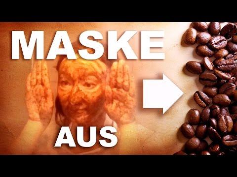 Die Maske für die Person vom Eiweiß des Eies