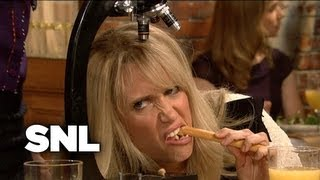 Ladies Who Lunch - Saturday Night Live