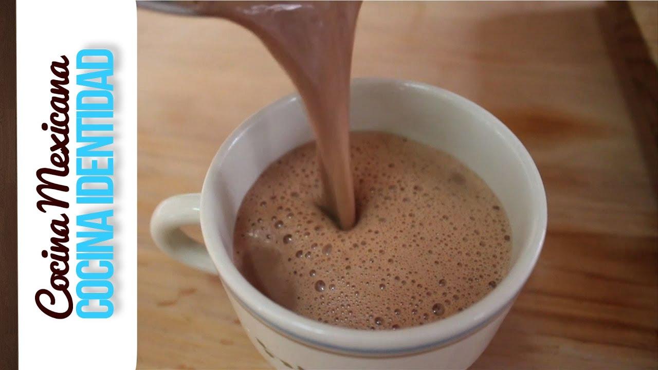 ¿Cómo sacar espuma al chocolate caliente? Secreto de Cocina, Yuri de Gortari