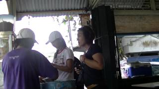 preview picture of video 'Siam Asam Laksa, P2, Nan Guang, Balik Pulau, Food Hunt, PHv2, P100'