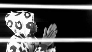 Tinchy Stryder feat. Taio Cruz - Take Me Back