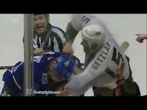 Alexandre Burrows vs. Ryan Getzlaf