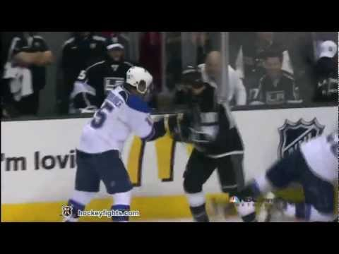 Mike Richards vs. Jamie Langenbrunner