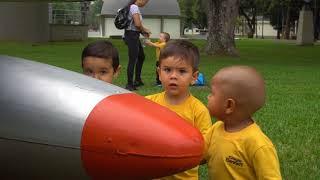 Baby Bennett visita Base Aérea Marco Fidel Suárez