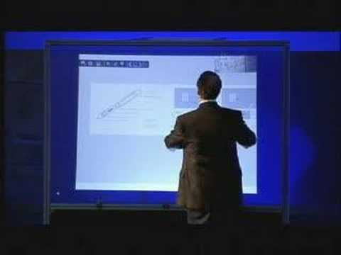 "Microsoft presenta al CEO Summit 2008, TouchWall il ""cugino"" di Surface"