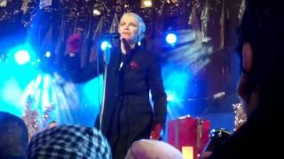 Annie Lennox @ Rockerfeller Center